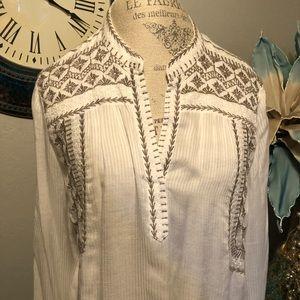 Sundance Tops - Sundance Embroidered BoHo blouse size large